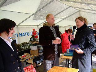Naiskodukaitse osales Tammsaare pargis riigikaitse ja välispoliitika päeval