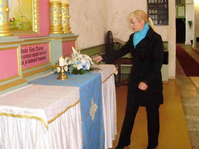 NKK Mälestuspäeva esimene osa- jumalateeinstus Keila Miikaeli kirkikus.Keila jaoskonna juhatuse l