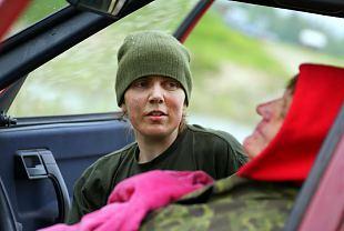 Hullud naised need naiskodukaitsjad – Koormusmatk 2012