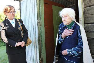 Lääne ringkonna auliikmel ja Hiiumaa vanimal elanikul aastake sajast puudu