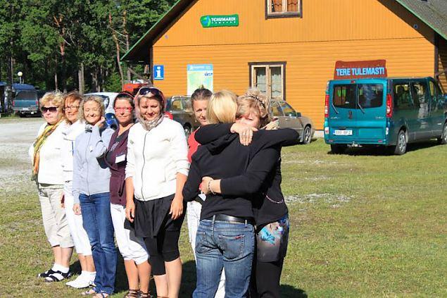 Läänlaste ja hiidlaste seiklused Saaremaal juhtide laagris