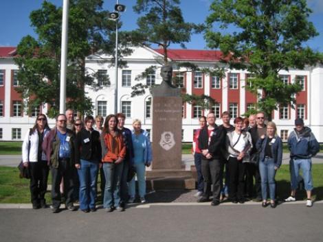 Naiskodukaitse Tartu ringkond võõrustas Soome reservohvitsere