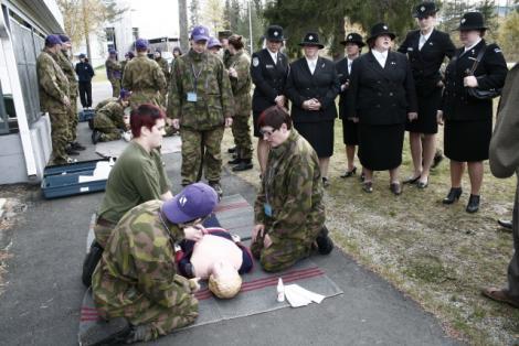 Naiskodukaitsjad tutvusid Soome riigikaitselise koolitusmudeliga