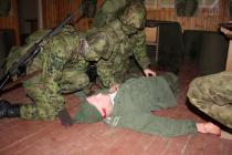 Viru ringkonna naiskodukaitsjad tõestasid sõduri baaskursusel oma sitkust