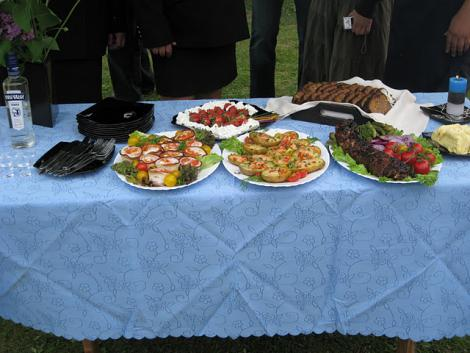 Naiskodukaitsjad kuulutati ribi grillimises Lääne-Virumaa meistriks