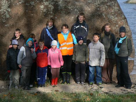 Naiskodukaitsjate eestvedamisel korraldatakse lastekodulastele laager