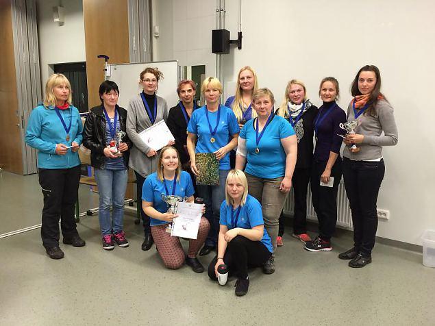Naiskodukaitse side - ja staabi erialavõitluse võitis Sakala ringkond