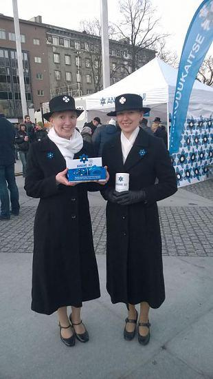 Naiskodukaitsjad on sinilille saadikud kõikjal Eestis