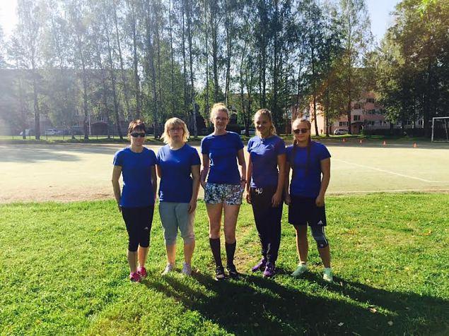 Alutaguse ringkonna naised Valgas sportimas