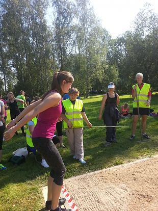 Naiskodukaitse spordivõistlus ehk lugu sellest kuidas pärnakad julge pealehakkamisega Valka põrutasid