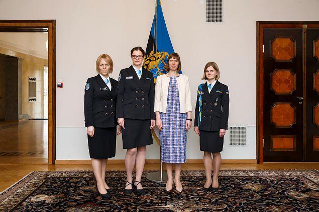 Vabariigi President Kersti Kaljulaid võõrustas Naiskodukaitse juhte