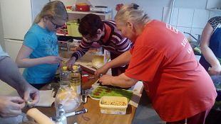 Kuressaare jaoskonna naised tegid seepe