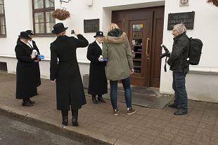 Sinilillekampaania Viljandis algas linnavalitsusest