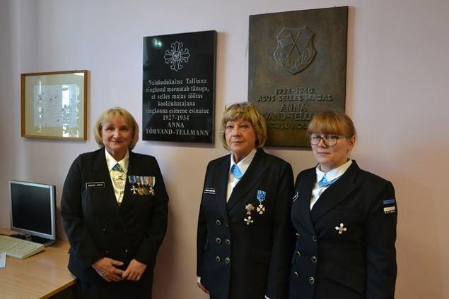 Naiskodukaitse Tallinna ringkonna esimese esinaise mälestustahvli avamine