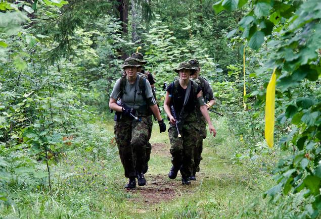 Neli naist + võitlustahe = 10. koht maailma ühel raskemal militaarvõistlusel