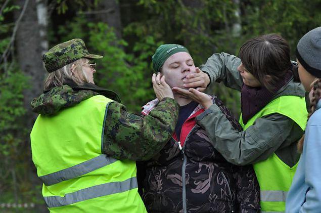 Naiskodukaitse koormusmatk 2011