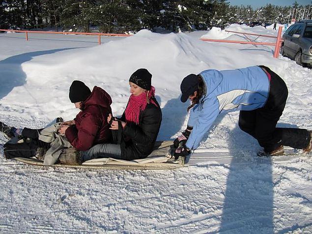 Kodutütred Tallinna ringkonna vastlapäeval